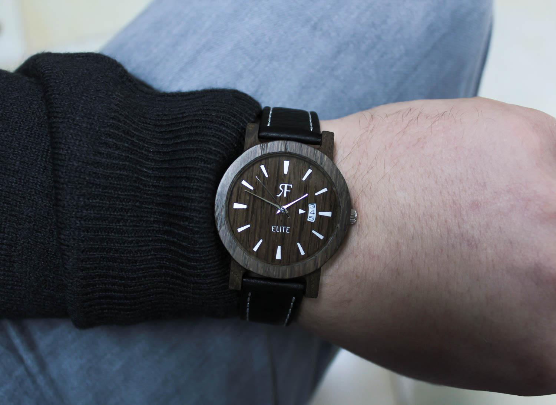 Zegarek drewniany Realforest Elite Czarny Dąb
