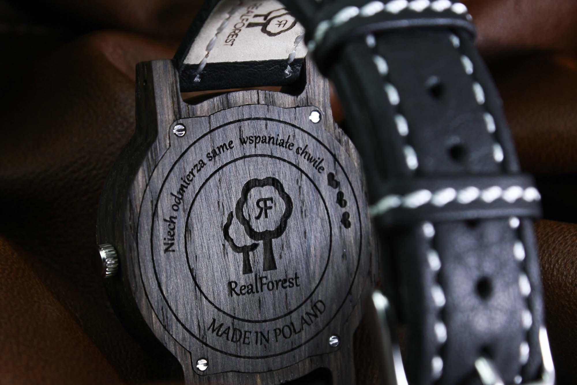 Zegarek z drewna Elite - personalizacja