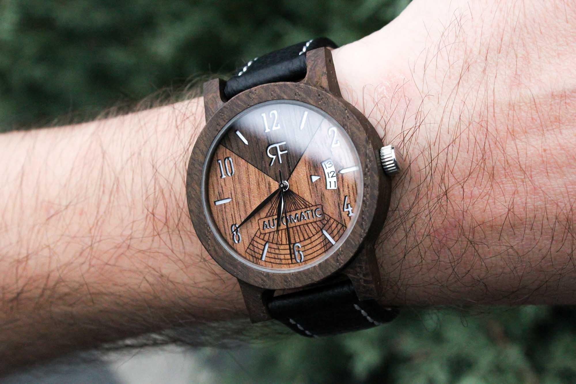 Zegarek drewniany Realforest Automatic Czarny Dąb - Orzech